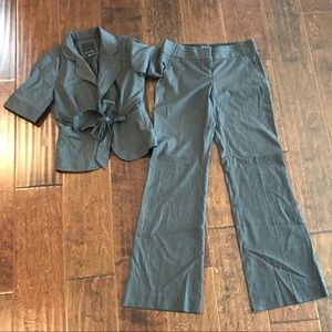 Short sleeve suit jacket with pants